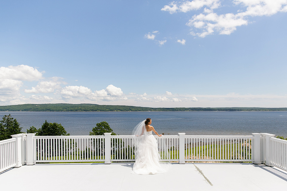 bride outdoor wedding