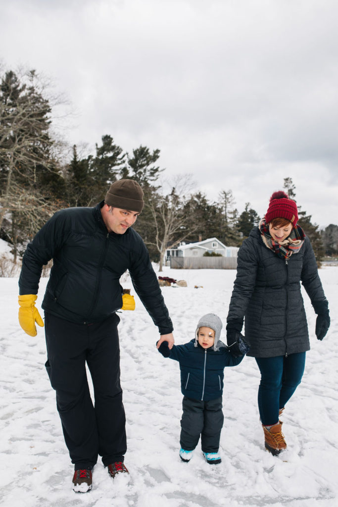 Winter Vacation in Maine at French's Point - Family Vacation Home Rental Property - Family Gathering and Wedding Celebration - Greta Tucker Photography